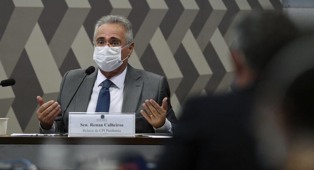 O senador Renan Calheiros (MDB-AL) durante sessão da CPI da COVID-19.