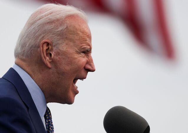 Presidente dos EUA, Joe Biden, fala a correligionários em Duluth, Georgia, EUA, 29 de abril de 2021