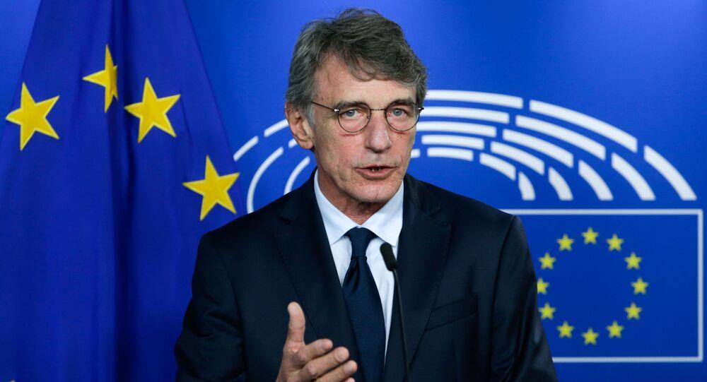 Presidente do Parlamento Europeu, David Sassoli, dá entrevista coletiva após seu encontro com o chefe da Força-Tarefa da UE para as Relações com o Reino Unido, em Bruxelas, Bélgica, em 8 de setembro de 2020.