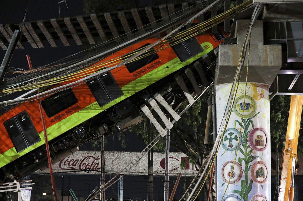 Desabamento de viaduto do metrô no México, 3 de maio de 2021