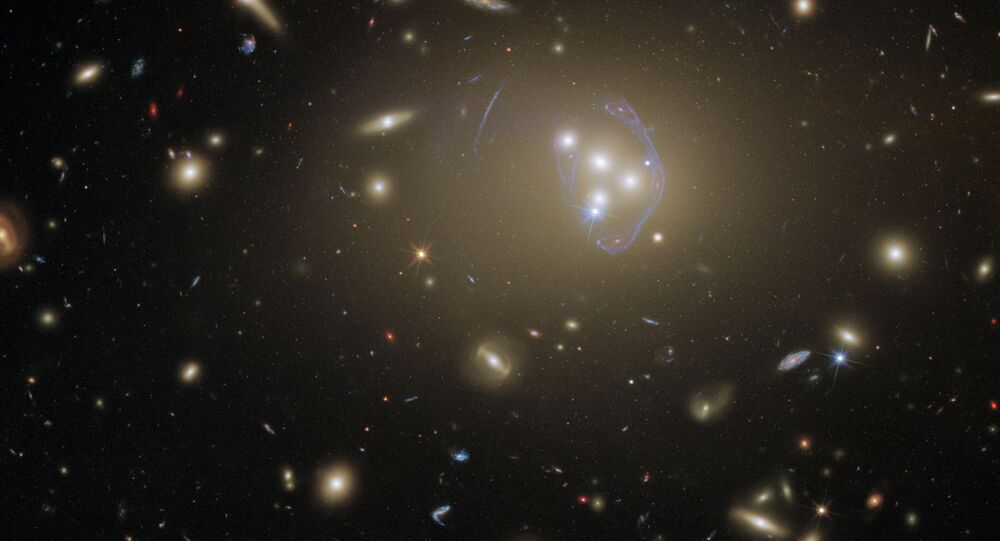 Aglomerado de galáxias Abell 3827