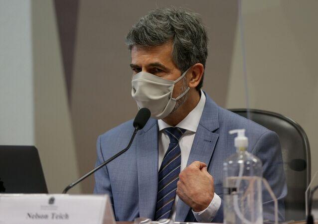 O ex-ministro da Saúde Nelson Teich durante depoimento na CPI da COVID-19 no Senado Federal, em Brasília (DF)