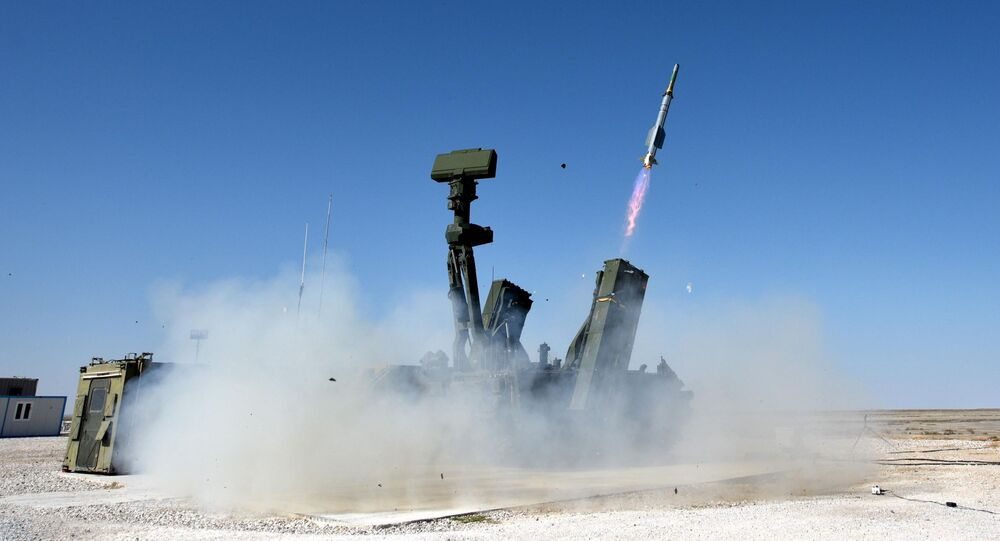 Teste do sistema de defesa aérea turco HISAR-A