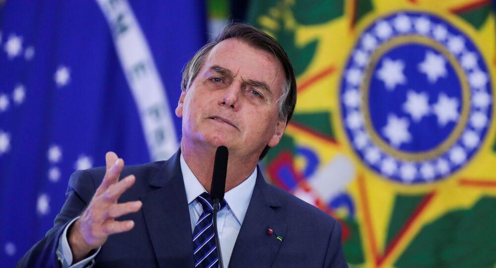 Presidente Jair Bolsonaro discursa durante cerimônia no Palácio do Planalto, Brasília, 5 de maio de 2021