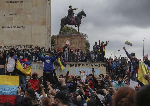 Protestos antigovernamentais em Bogotá, Colômbia, 5 de maio de 2021
