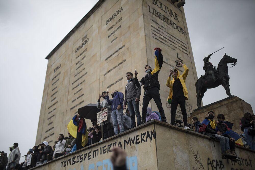 Manifestações contra a reforma tributária em Bogotá, Colômbia, 5 de maio de 2021