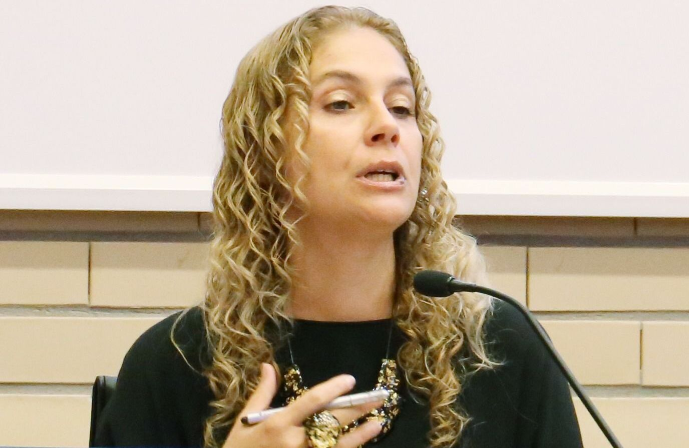 Alessandra Silveira, professora da Universidade do Minho e diretora do mestrado em Direito da União Europeia