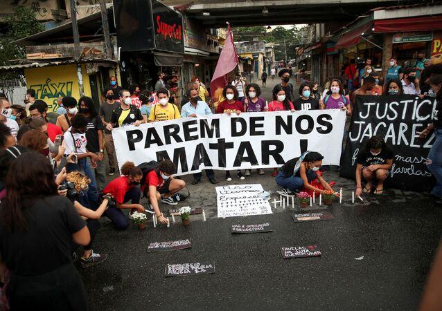 Protesto contra operação policial que deixou 28 mortos na favela do Jacarezinho, no Rio de Janeiro