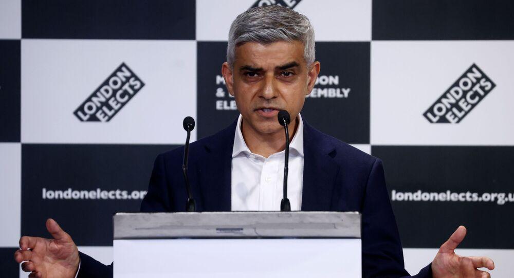 Sadiq Khan realiza discurso após ser reeleito prefeito de Londres