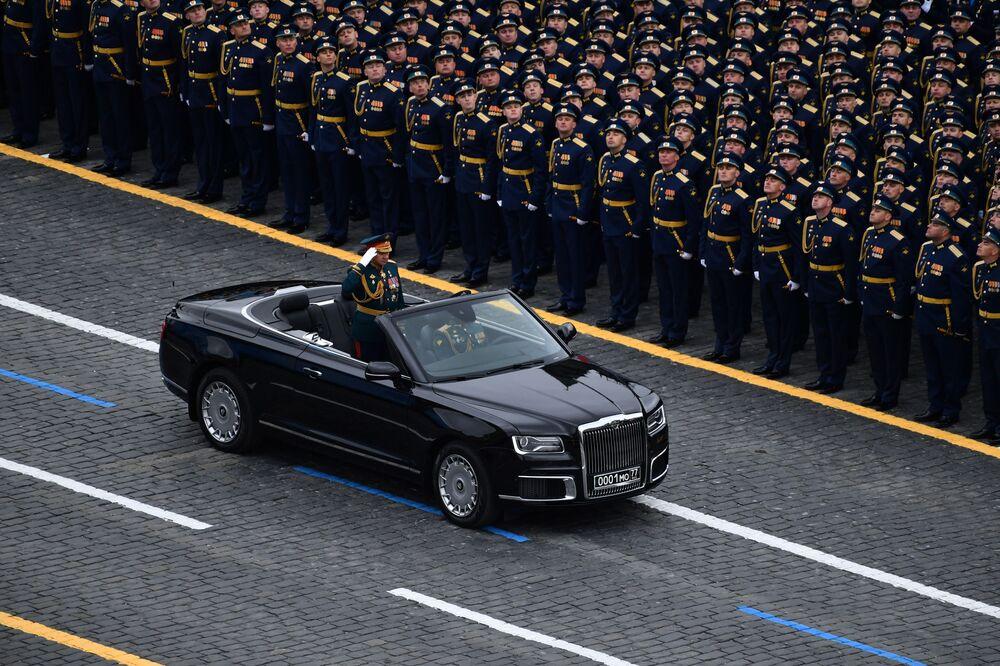 Ministro da Defesa da Rússia Sergei Shoigu durante o desfile militar no Dia da Vitória em Moscou, Rússia, 9 de maio de 2021