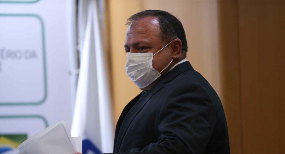 O ex-ministro da Saúde Eduardo Pazuello durante reunião no Ministério da Saúde quando ainda estava na pasta