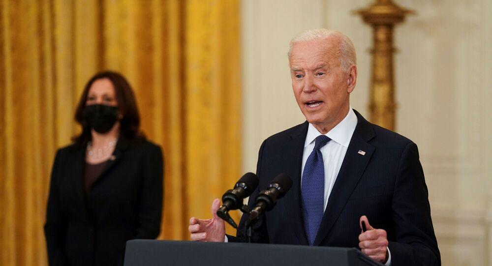 O presidente dos EUA, Joe Biden, faz comentários sobre a economia dos EUA no Salão Leste da Casa Branca em Washington, EUA, 10 de maio de 2021.