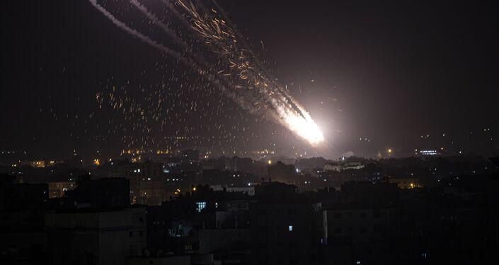 Lançamento de foguetes contra Israel a partir da Faixa de Gaza