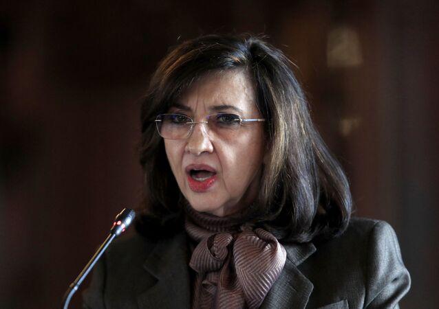 A ministra das Relações Exteriores da Colômbia, Claudia Blum, apresentou dia 13 de maio de 2021 sua carta de renúncia ao cargo que ocupava desde novembro de 2019
