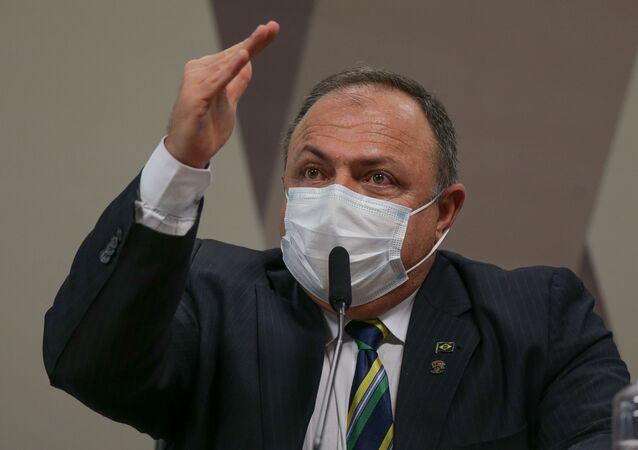 O ex-ministro da Saúde Eduardo Pazuello durante depoimento à CPI da Covid em Brasília