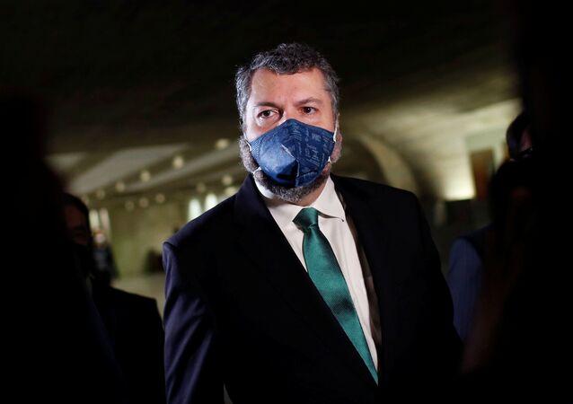 Ex-ministro das Relações Exteriores, Ernesto Araújo, na chegada para o depoimento à CPI da Covid, em Brasília, no dia 18 de maio de 2021