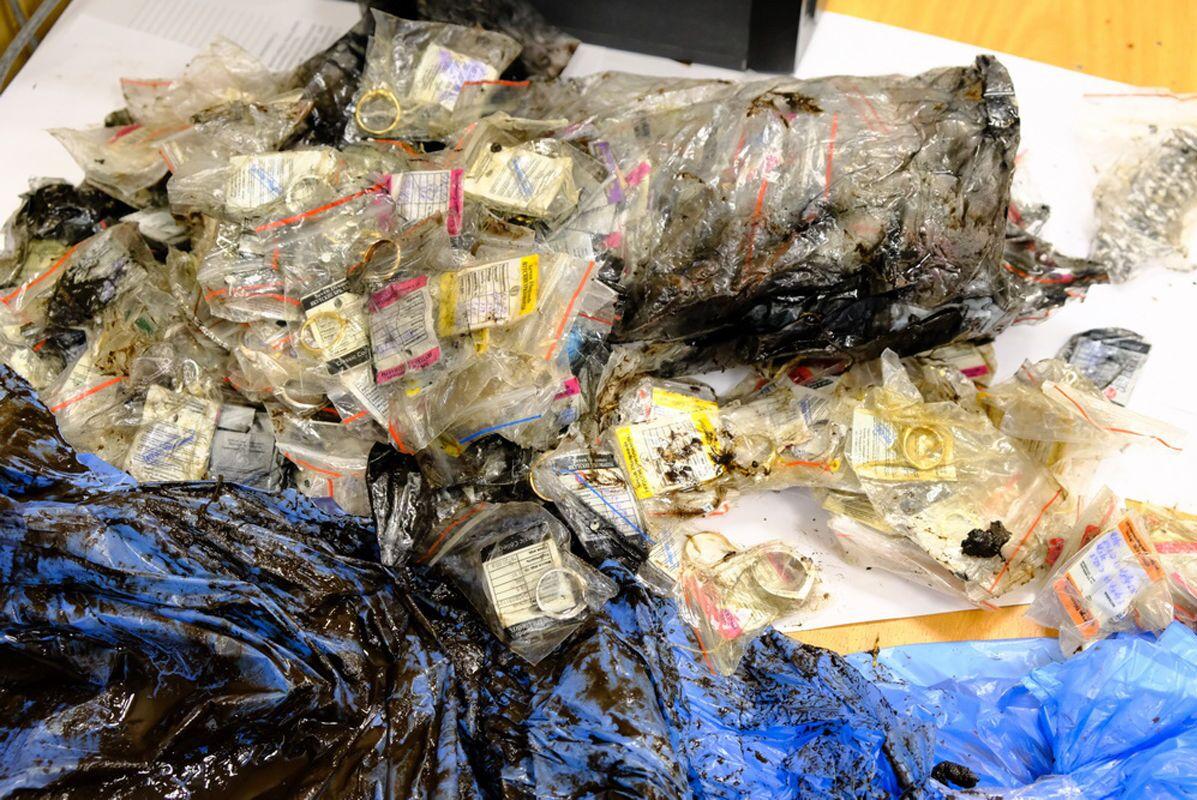 As joias roubadas são avaliadas em US$ 2 milhões (R$ 10,6 milhões)