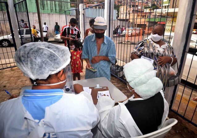 Medidas de proteção à vida promovidas pela Prefeitura de Salvador, na Bahia, devido ao surto do novo coronavírus, em 18 de maio de 2021