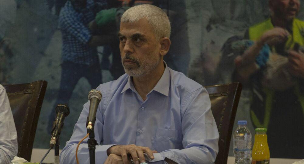 Yahya Sinwar, líder do movimento palestino Hamas na Faixa de Gaza, durante entrevista coletiva em Gaza, na quarta-feira, 26 de maio de 2021