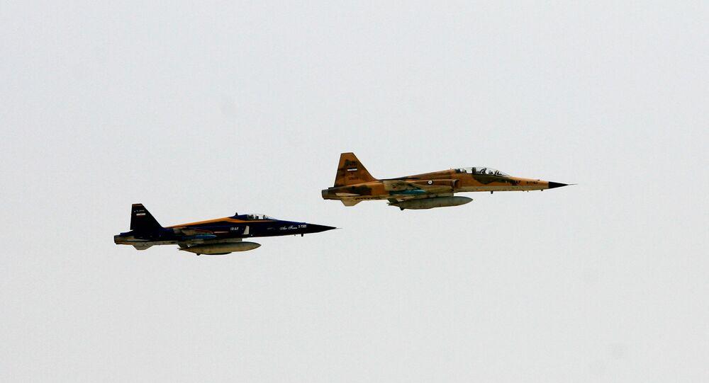Caças F-5 da Força Aérea iraniana