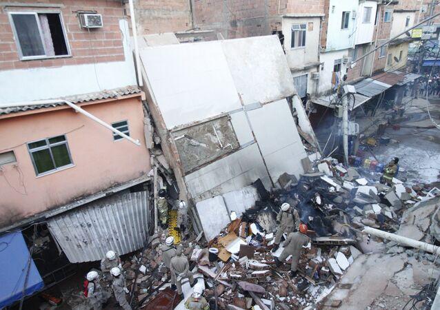 Prédio localizado em Rio das Pedras, Zona Oeste do Rio de Janeiro, desabou na madrugada desta quinta-feira (3)