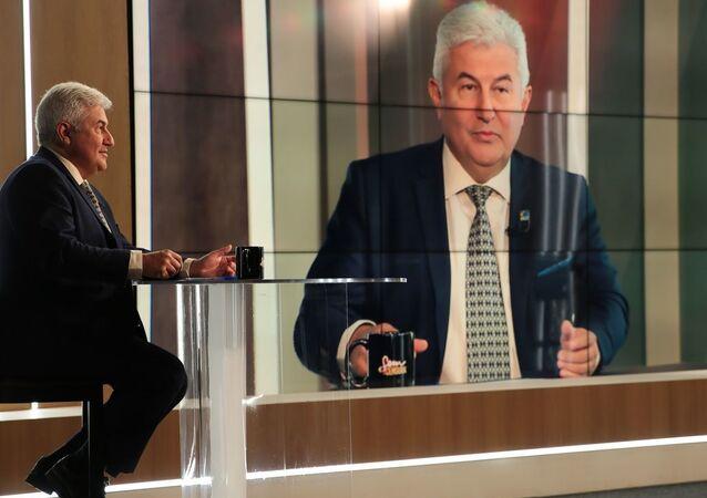 O ministro da Ciência e Tecnologia, Marcos Pontes, participa do programa Sem Censura, na TV Brasil. Foto de arquivo