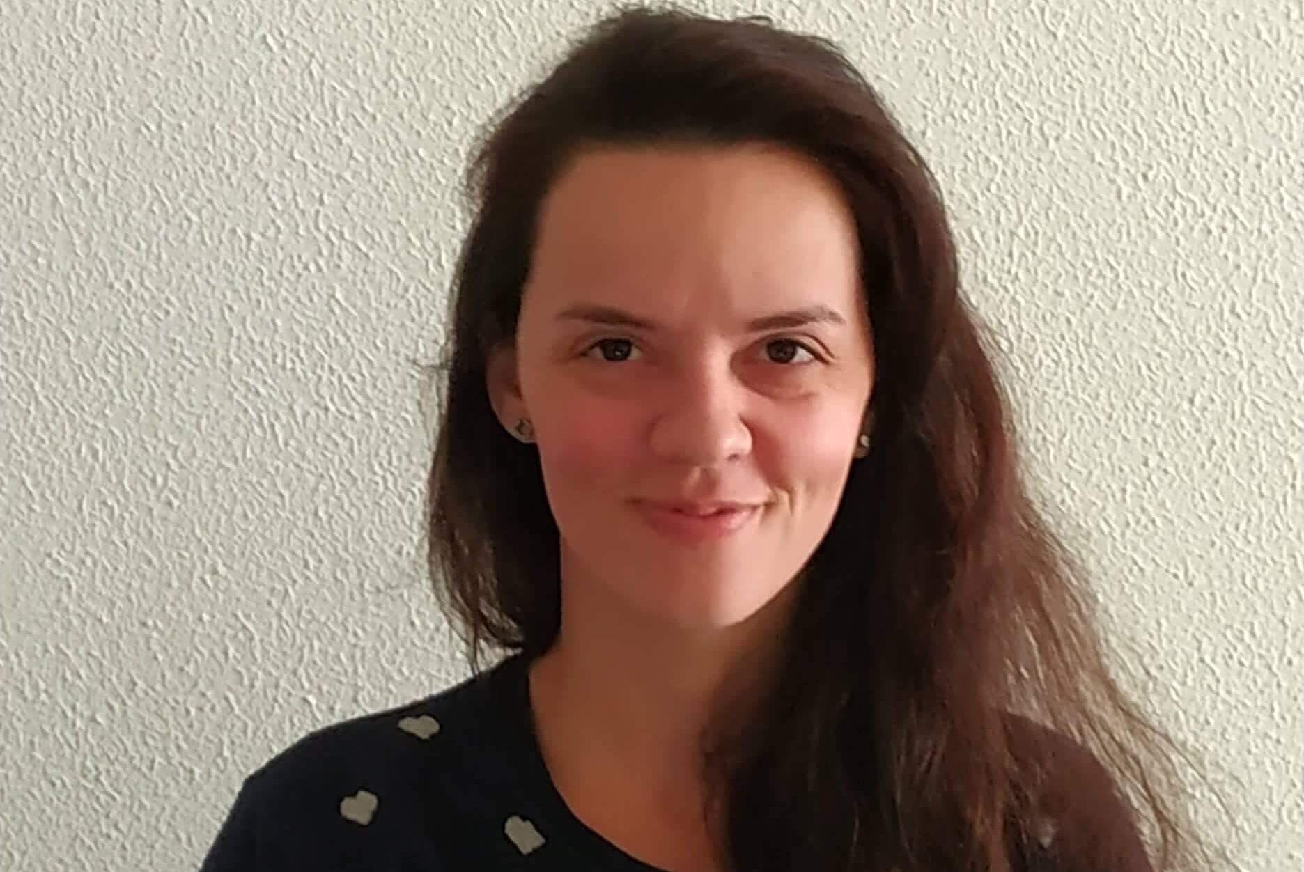 A lexicógrafa Débora Ribeiro