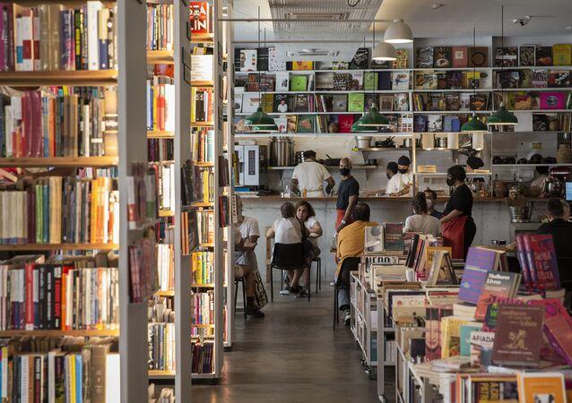Ambiente do novo Cuia Café e Restaurante, que fica integrado à livraria Megafauna, dentro do edifício Copan, em São Paulo (foto de arquivo)