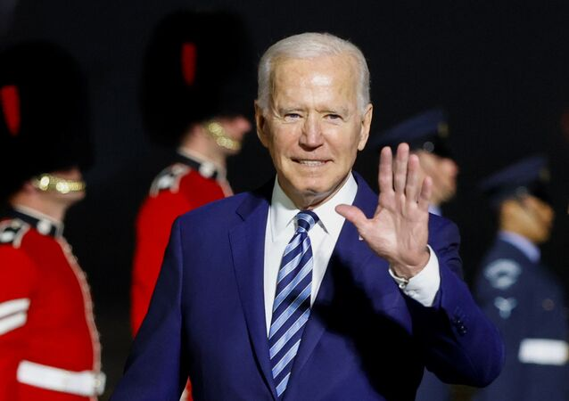 Presidente Joe Biden chega ao aeroporto de Newquay em Cornualha, Reino Unido, 9 de junho de 2021