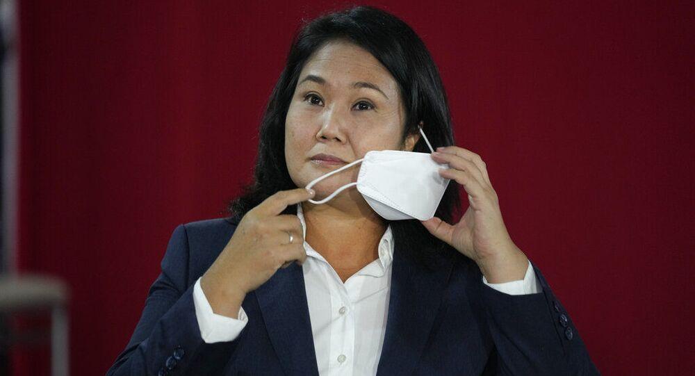 A candidata presidencial Keiko Fujimori durante entrevista coletiva em Lima, Peru