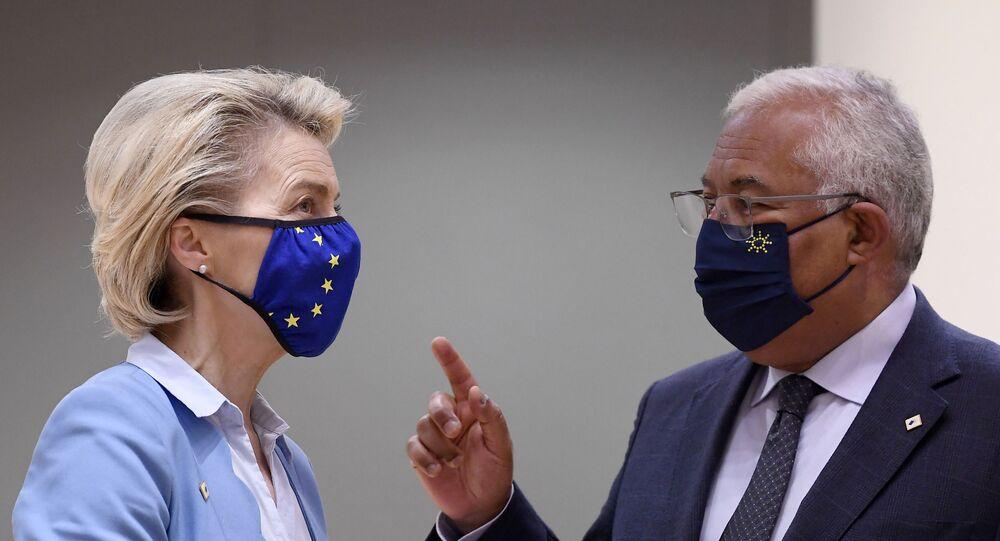 Ursula von der Leyen, presidente da Comissão Europeia, e António Costa, primeiro-ministro de Portugal