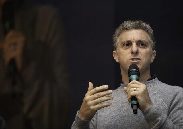 Apresentador Luciano Huck durante evento da Magazine Luiza, em espaço na zona norte de São Paulo. Foto de arquivo