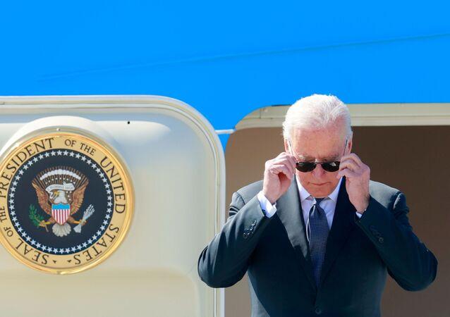 Presidente dos EUA Joe Biden chega a Genebra para se encontrar com seu homólogo russo, Vladimir Putin, 15 de junho de 2021