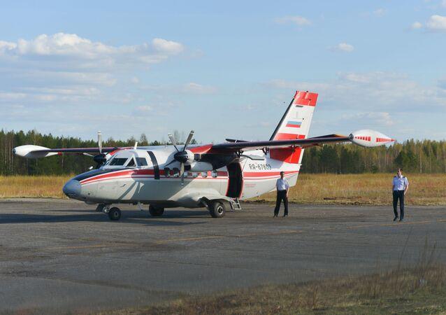 Avião L-410 (foto de arquivo)