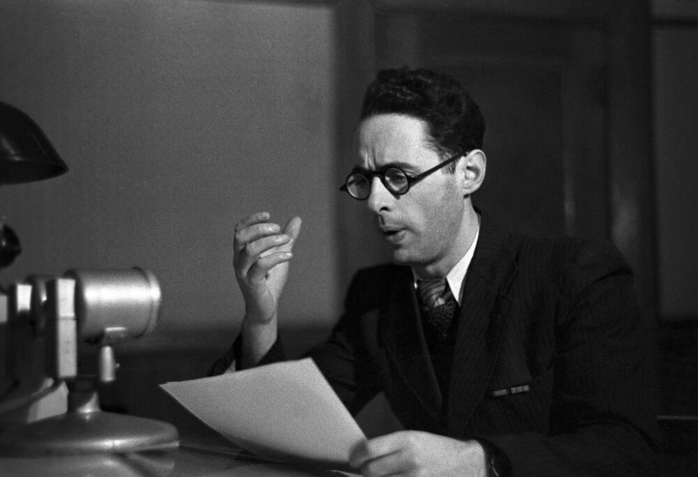 Locutor da rádio soviética Yuri Levitan