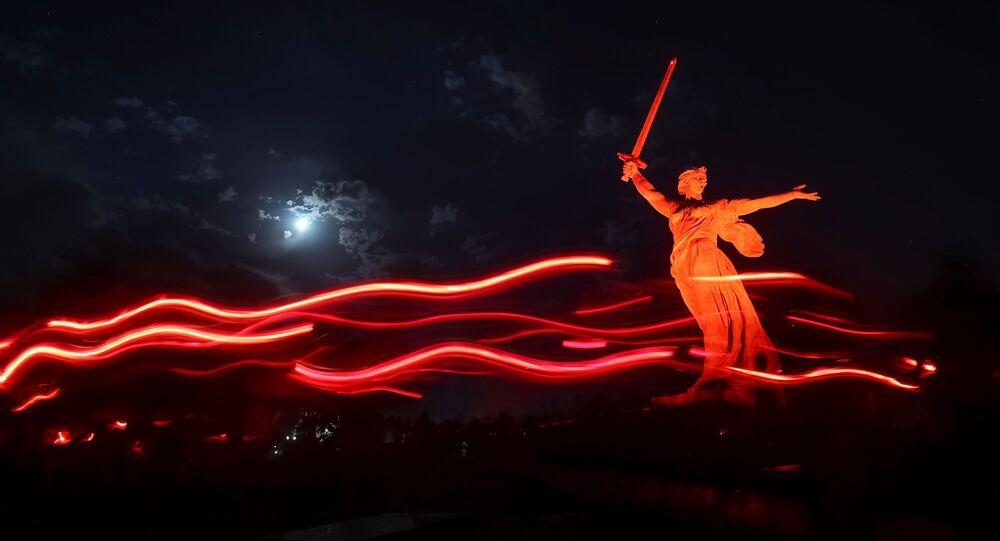 Monumento Mãe Pátria na cidade de Volgogrado, Rússia, 21 de junho de 2021