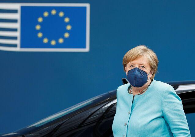 A chanceler alemã, Angela Merkel, chega para Cúpula da UE em Bruxelas, Bélgica, em 24 de junho de 2021