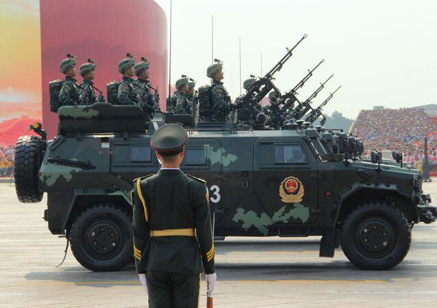 Polícia Armada Antiterrorista da China em parada militar em Pequim