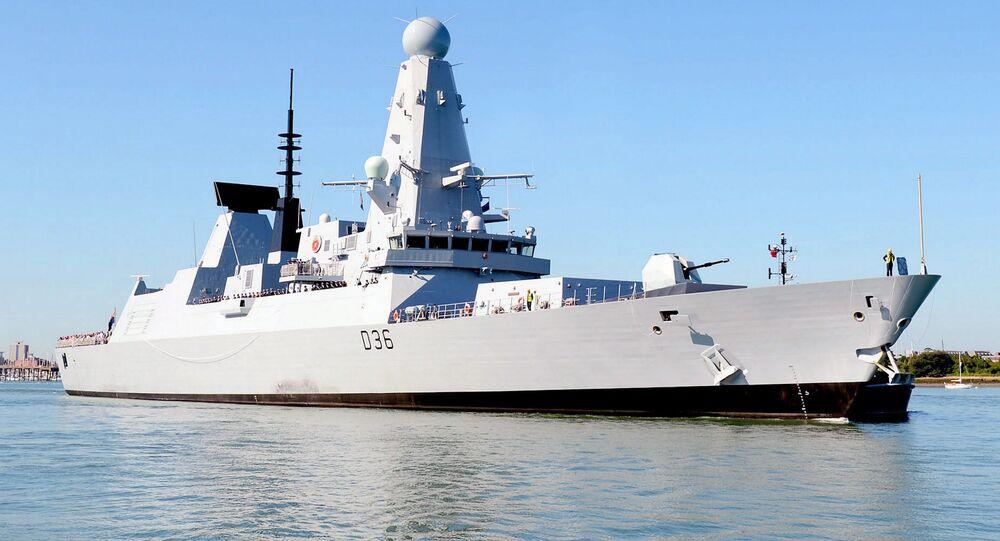 Destróier HMS Defender da Marinha Real do Reino Unido