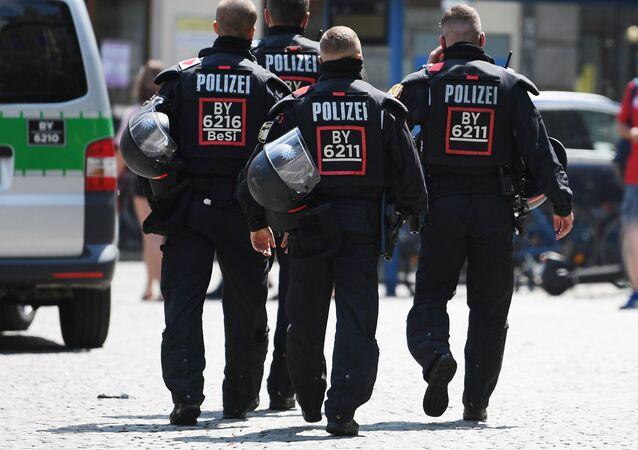 Policiais na Alemanha (imagem referencial)