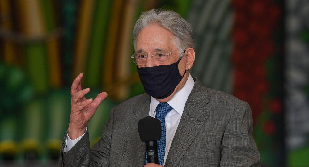 Ex-presidente Fernando Henrique Cardoso fala durante evento para divulgar a importância da vacina contra a COVID-19, no Palácio dos Bandeirantes em São Paulo, Brasil. Foto de arquivo