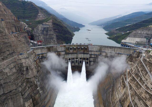 Vista aérea da usina de Baihetan, na China