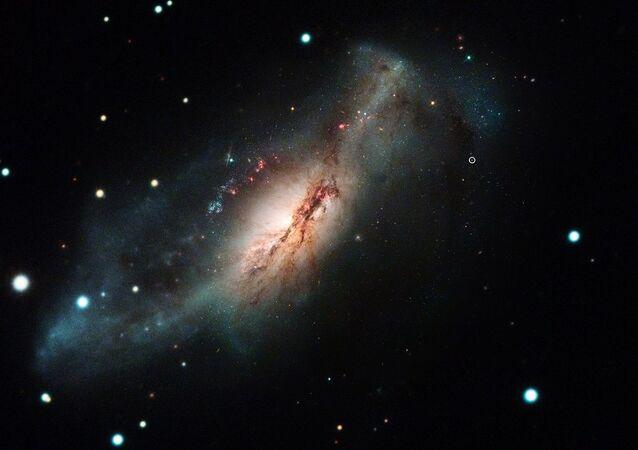 Captura da supernova SN 2018zd feita pelo telescópio Hubble