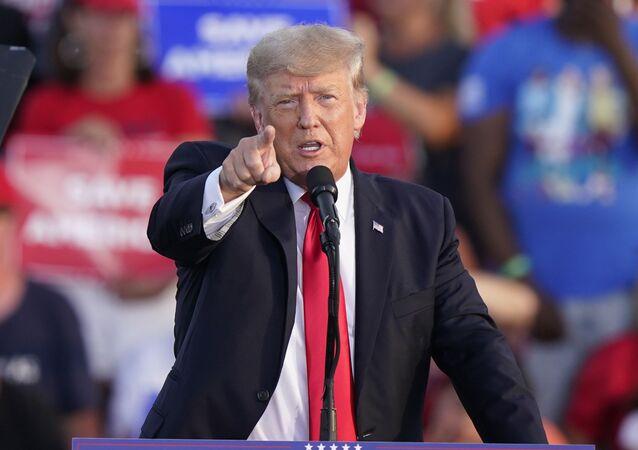 Ex-presidente dos EUA, Donald Trump, durante reunião em Ohio, EUA, 26 de junho de 2021
