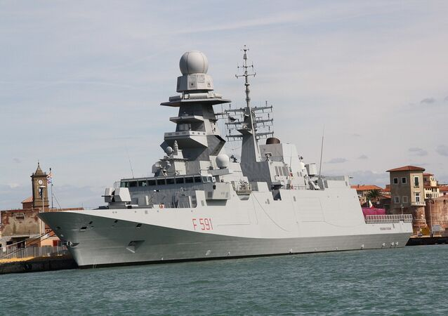 Fragata de mísseis guiados Virginio Fasan, da Marinha da Itália