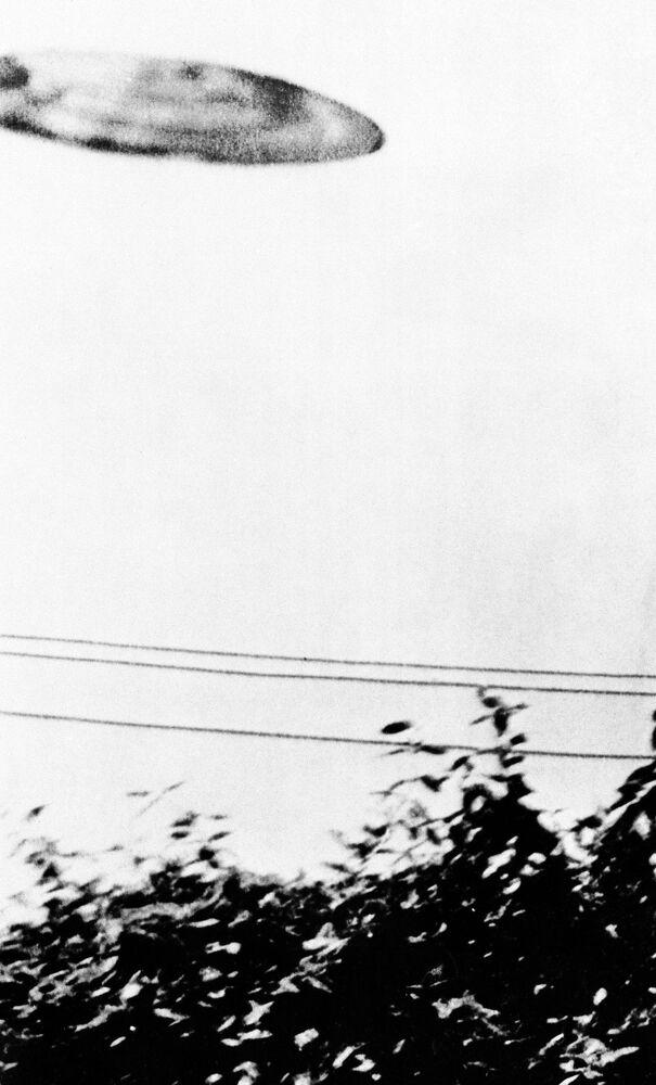 Fotografia tirada por Michael Savage, de 15 anos, em 24 de julho de 1956 em San Bernardino, Califórnia, EUA