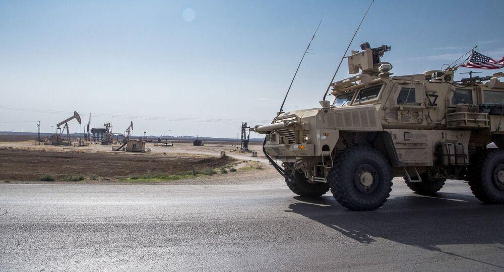 Forças dos EUA patrulham campos de petróleo da Síria, 28 de outubro de 2019