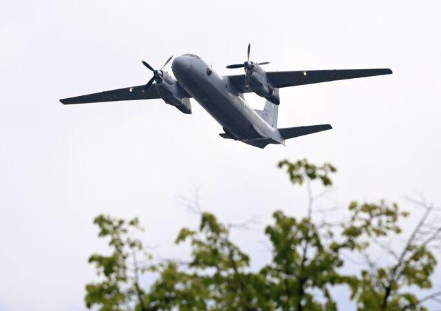 Avião An-26