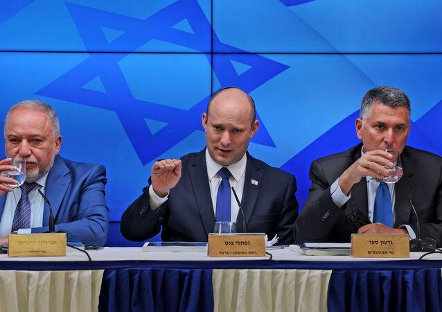 Premiê israelense Naftali Bennett durante coletiva de imprensa sobre economia em Jerusalém, 6 de julho de 2021
