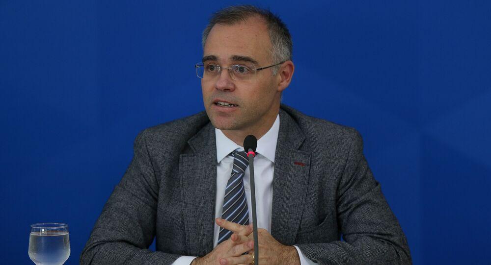 O  atual advogado-geral da União, André Mendonça, durante coletiva de imprensa para balanço e informações sobre o combate à pandemia do novo Coronavírus, no Palácio do Planalto, 30 de março de 2020